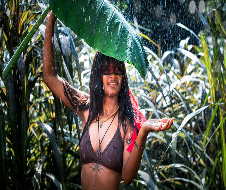 Monsoon make up, waterproof makeup and waterproof cosmetics